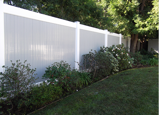 two tone vinyl pvc fence Newport Beach ca